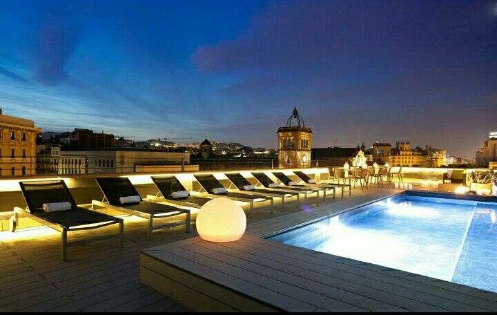 Piscina al terrat, piscines d'acer, Espai Piscines Graf